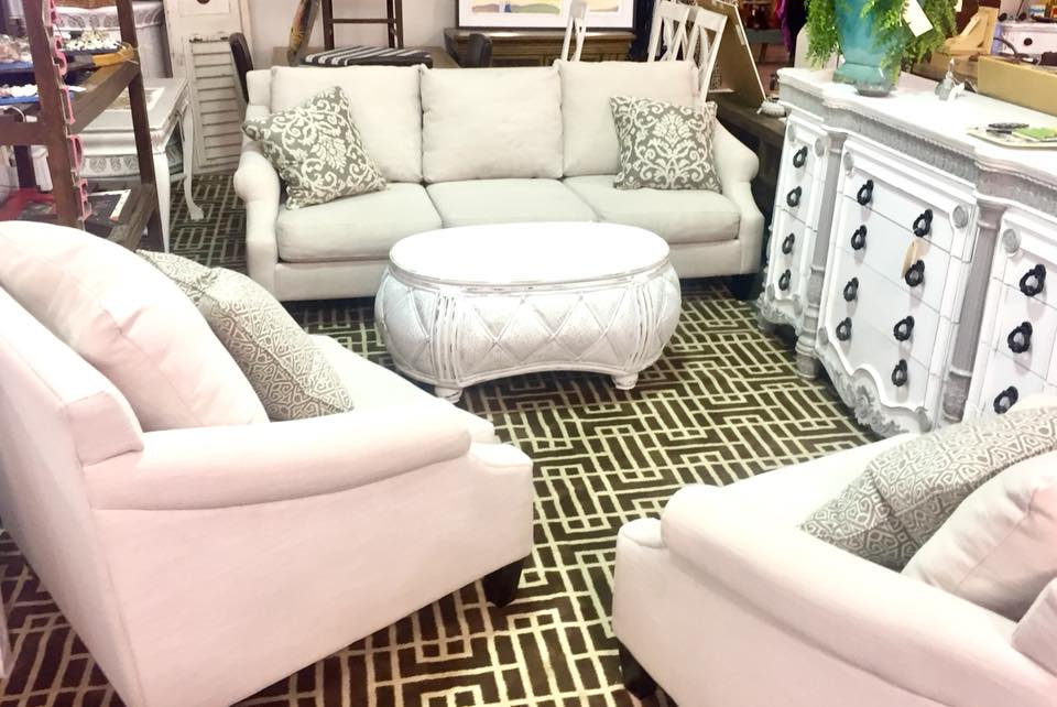 5 Decorating Tips to Double the Size of Your Living Room